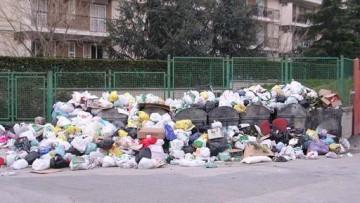 I rifiuti per abitante superano di 23kg la media europea