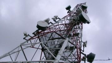 Campi elettromagnetici: la direttiva CE 2004/40 slitta al 2013