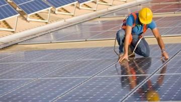 E' allarme occupazione nel fotovoltaico: oltre 6mila posti a rischio