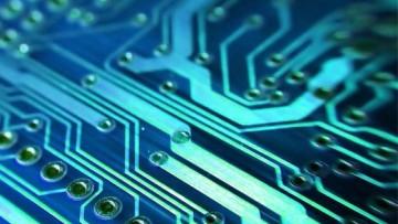 Tecnologia italiana in picchiata: elettrotecnica -10% ed elettronica -5,2%