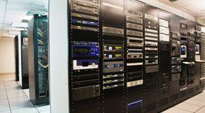 wpid-1536_server.jpg