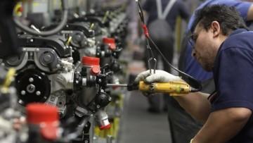 Produzione industriale ancora in calo, -5,2% in un anno