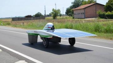 Emilia 3, l'auto fotovoltaica in gara all'Australian Solar Challenge