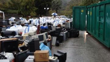 Raee, un milione di rifiuti per una 'miniera urbana' di terre rare