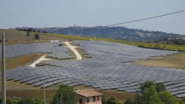 """La corruzione nella green economy """"brucia"""" 2,5 milioni di MW"""