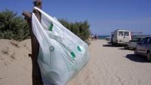 L'Europa contro i sacchetti di plastica, Strasburgo dice si' alla riduzione