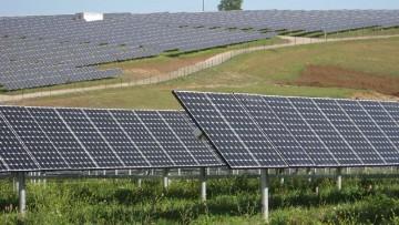 Rinnovabili, il 76% degli investimenti e' all'estero