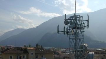 Elettrosmog, i nuovi limiti di legge per le strutture degli edifici