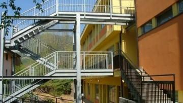 La gestione dei cantieri e delle emergenze nella ristrutturazione delle strutture scolastiche