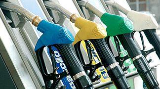 UE: stop alle emissioni di vapori nocivi nelle stazioni di servizio