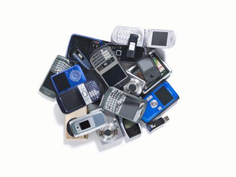 I vecchi telefoni cellulari valgono oro for Nuovi vecchi piani domestici