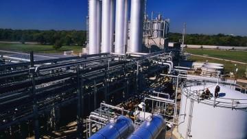 Industria: calano fatturato e ordinativi