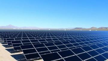 Negli USA una centrale a energia solare che darà elettricità a 80 mila case