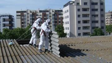 No all'amianto sì al fotovoltaico
