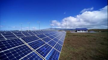 Dati Gaudi sulle rinnovabili: tonfo del fotovoltaico, -50% nel 2015