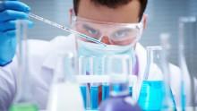 Dall'Inail un manuale sul rischio chimico nei laboratori